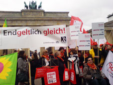 Equal Pay Day 2011 am Brandenburger Tor